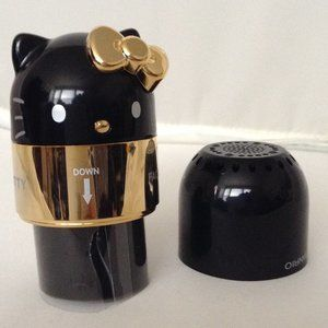 SANRIO HELLO KITTY Facial Brush Black/Gold